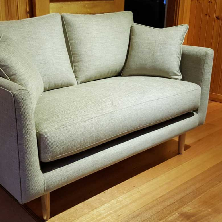 Tosca-Love-Seat